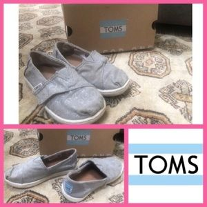 Toddler Peace Sign Toms